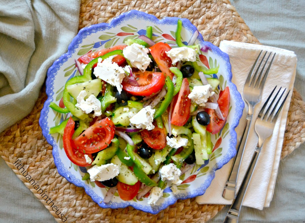 Greek salad_Graikiskos salotos (35) 1